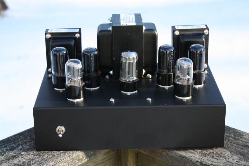 Ламповый усилитель на 6П6С и трансформаторах Hammond.
